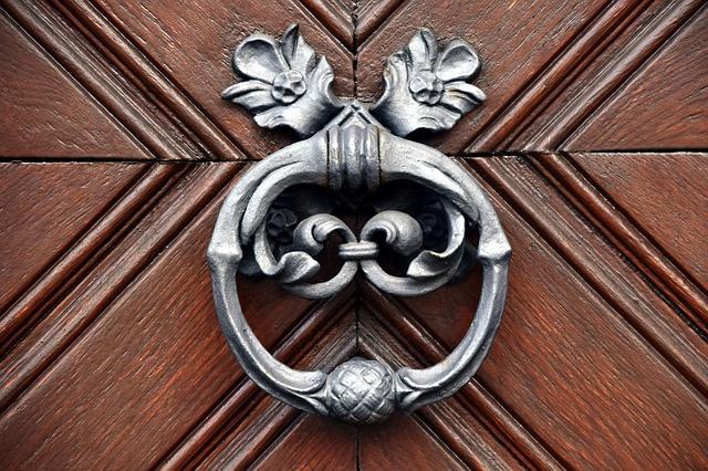 vstupní dveře