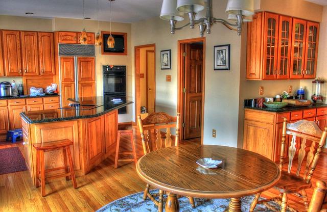 dřevěná kuchyň