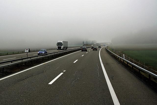 dálnice v mlze.jpg