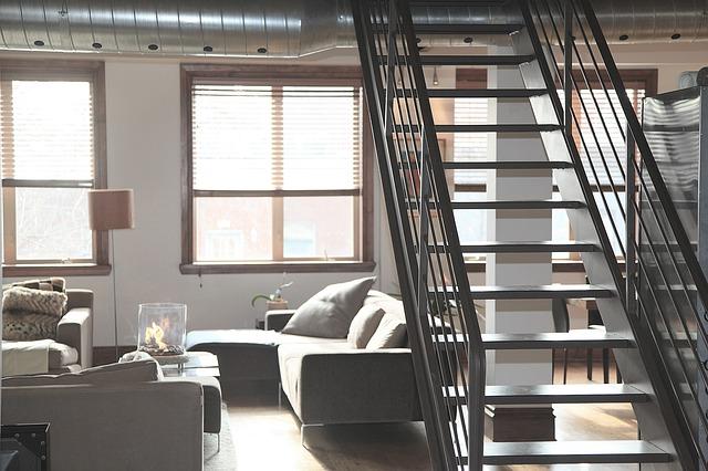 schody v bytě.jpg