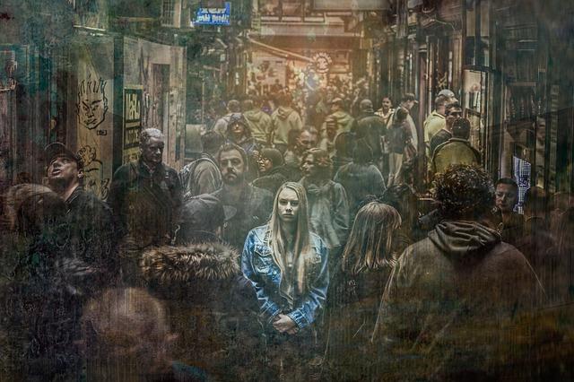 osamělá v davu