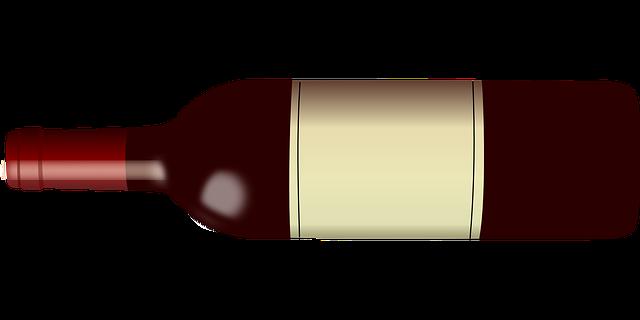 Ležící láhev červeného vína